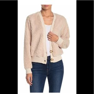 Women's Button front cardigan Tan fox Sherling Lg
